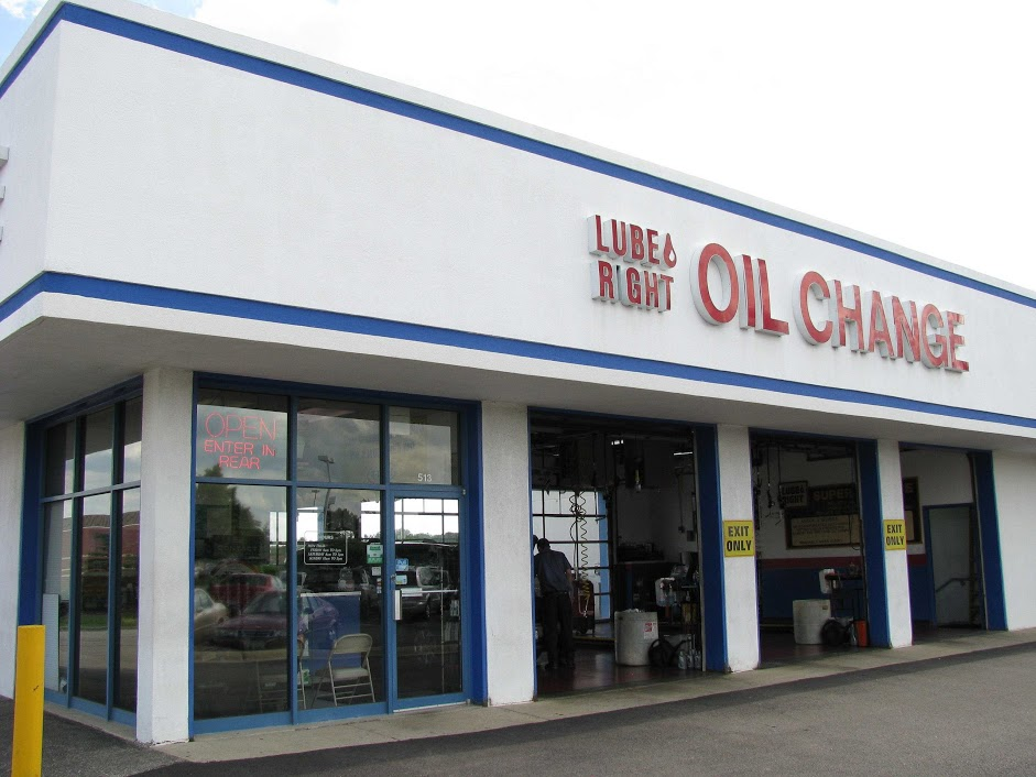 The Right Oil To Use In An Oil Change