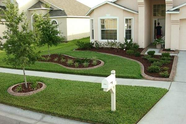 How To Spruce Up Your Front Yard Without Breaking The Bank Or Your Back