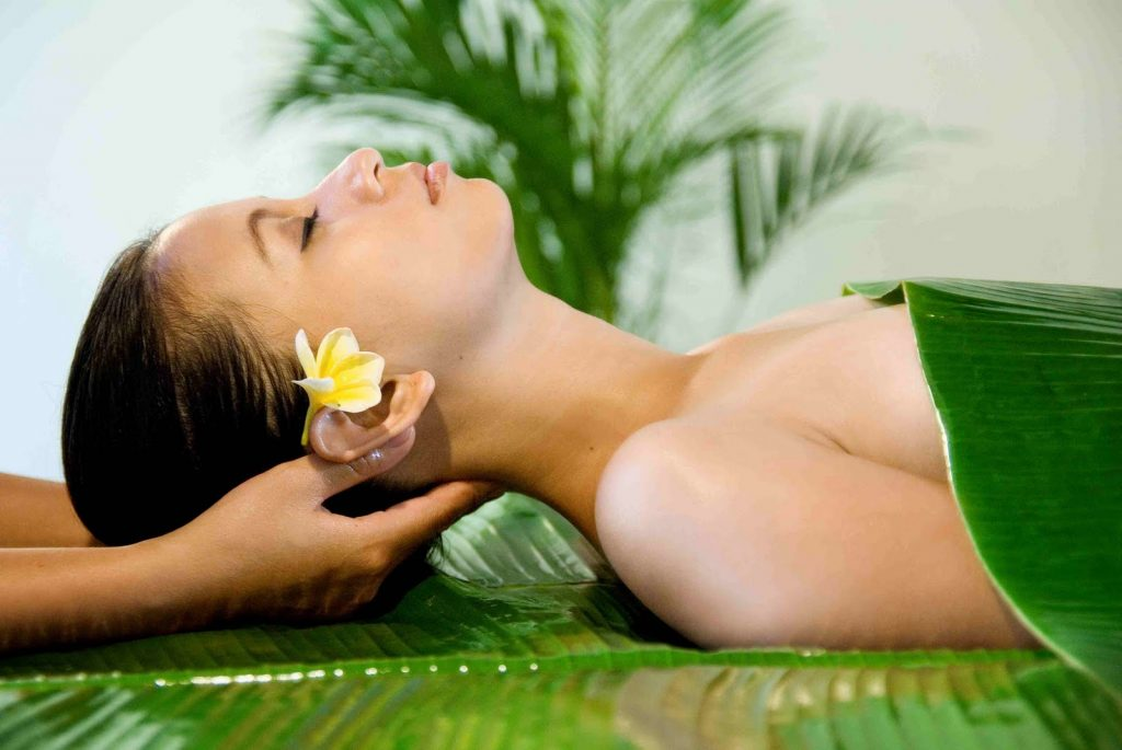 How To Detox: Home Vs The Spa