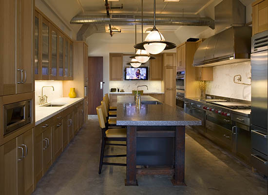 5 Reasons Why European Kitchens Are Best For Small Homes And Apartments