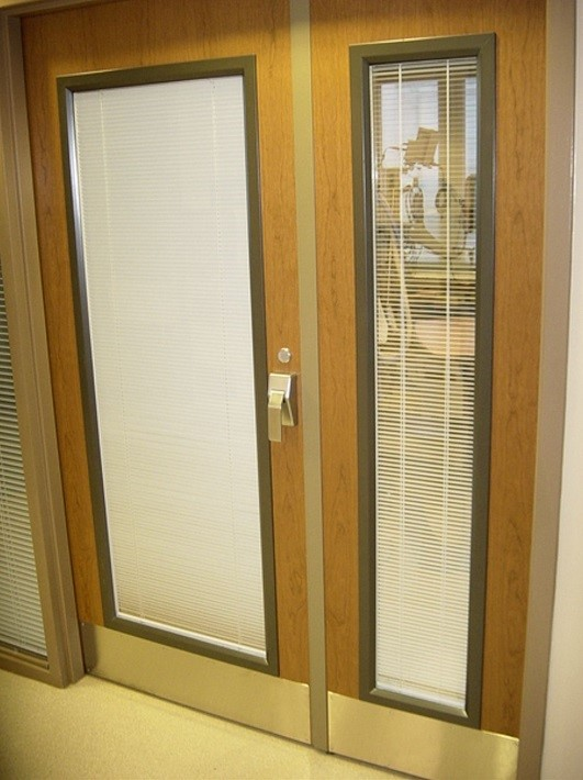 Integral Blinds In Doors – A Great Design Decision