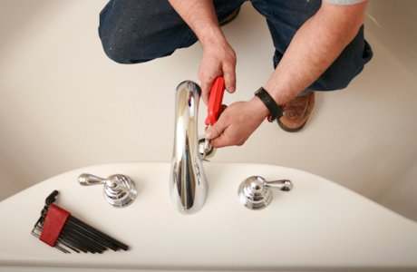 Why It Is Necessary To Hire A Bathroom Remodeling Professional In Your Home