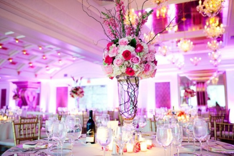 Tips To Decorate Your Home Wedding Reception