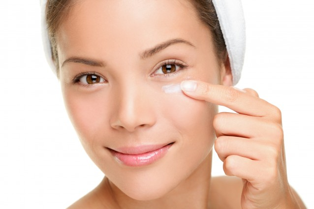 How to Use Skin Care Products Properly