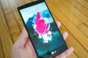 Tips For Giving Away Your Old Smartphones