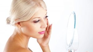 The Pros and Cons Of Organic Cosmetics