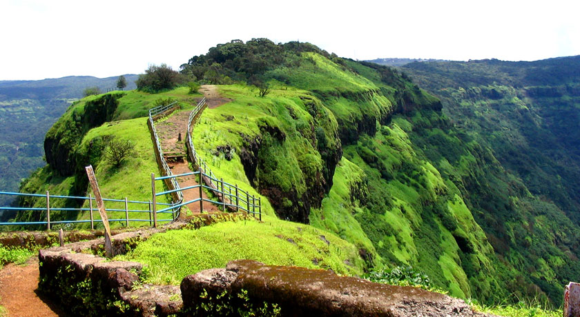 Relaxing Holiday In The Lap Of Nature While Enjoying A Stay At The Hotels In Mahabaleshwar