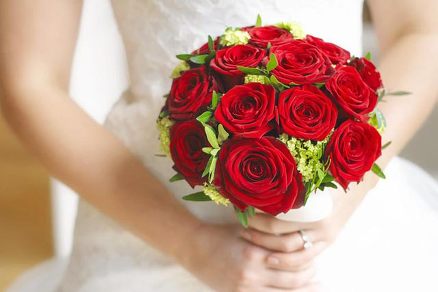 All You Want To Know About Wedding Flower : Rose