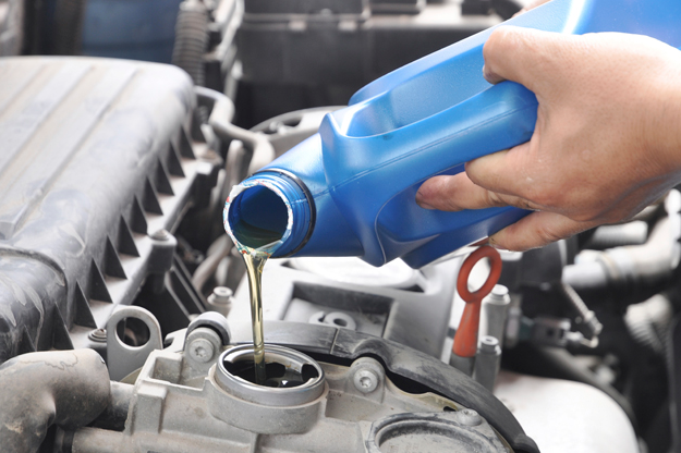 Different Types of Fluids in Our Cars