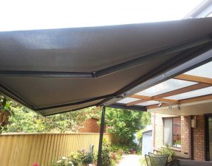 4 Great Reasons For Getting A Folding Arm Awning