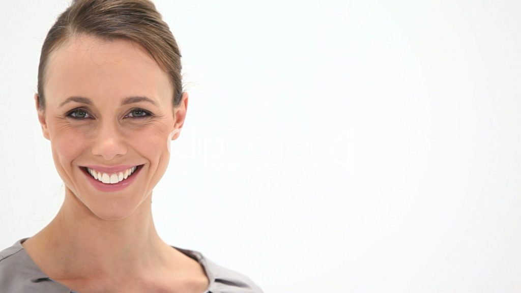 Use Straight Teeth Treatments To Dazzle Your Peers