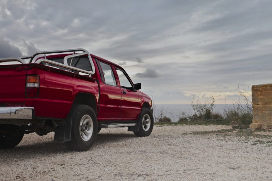 How To Choose A High-Performance Vehicle In A Cost-Effective Way