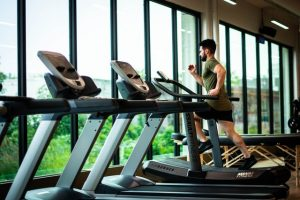 How To Ease Yourself Back Into Your Gym Routine After Coronavirus Lockdown