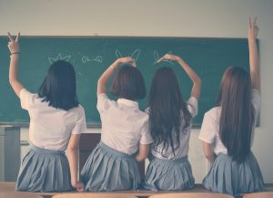 Top 5 Best School Outfits To Wear